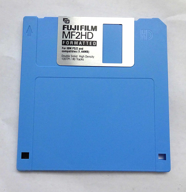 Standard floppy disk with a capacity of 1.44 MB